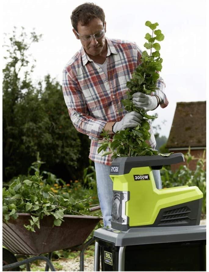 Broyeur de végétaux électrique